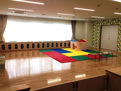 Child-rearing play room